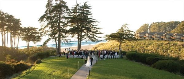 Seascape Beach Resort A Santa Cruz Wedding Location And Rehearsal Dinner Brought To You By Here Comes The Guide Best California