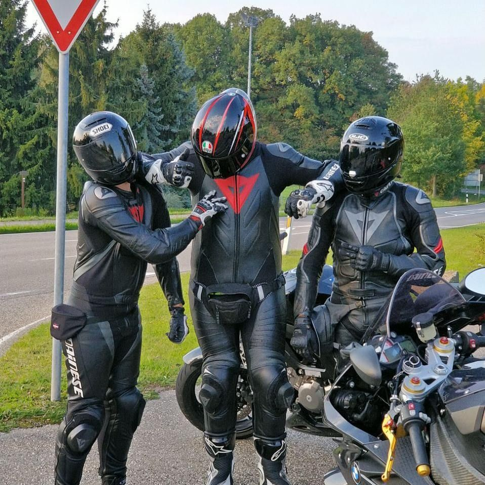 biker und boob