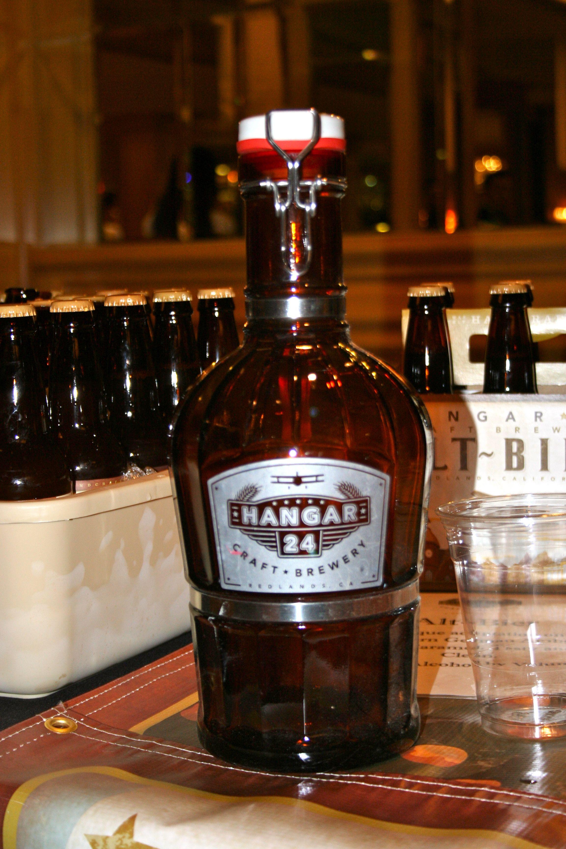 Hangar 24 Growler Beers In Paradise Beer Growler Crafts Beer Growler Craft Beer