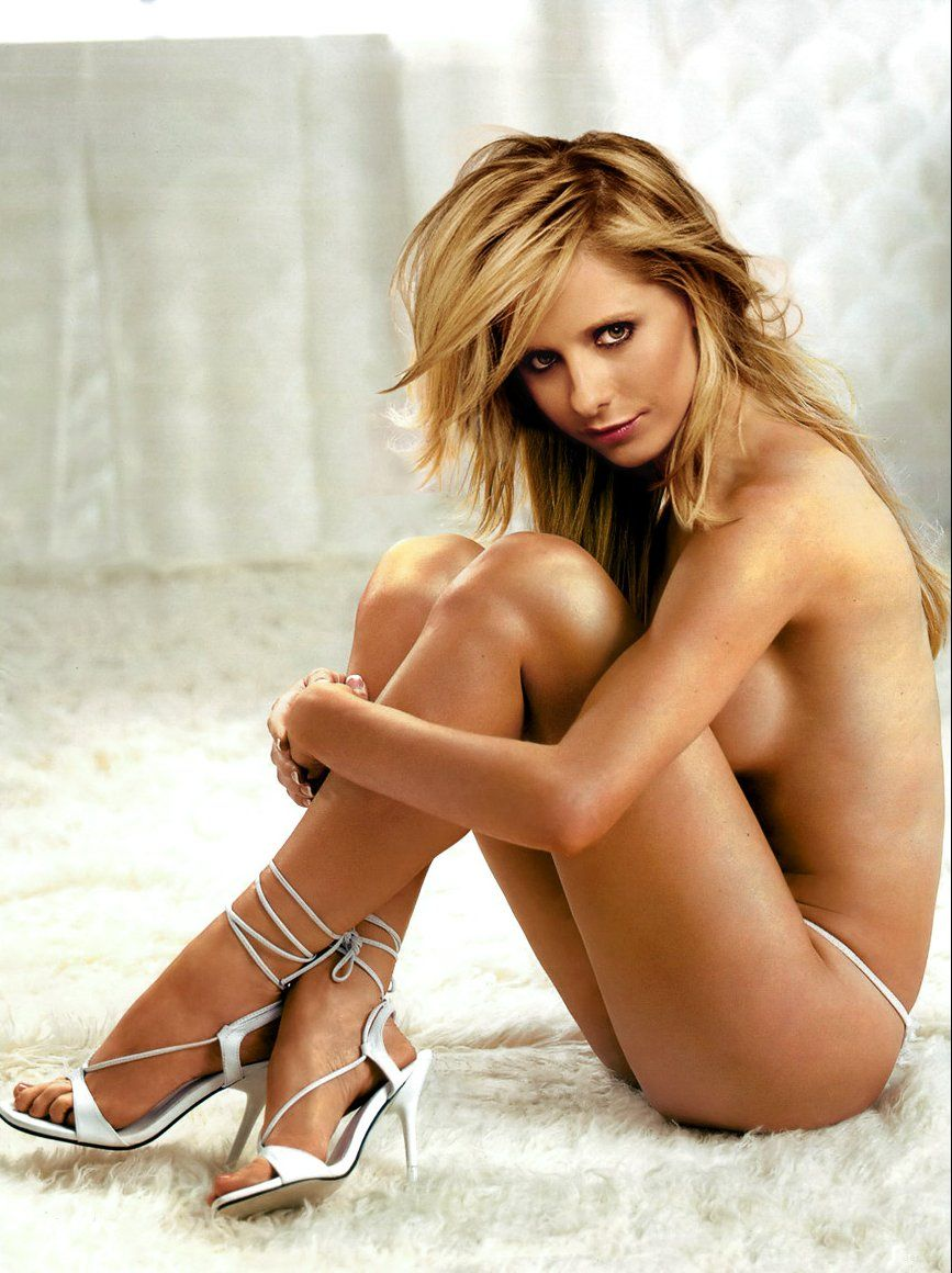 Sarah Michelle Gellar Sexy Sarah Michelle Gellar Buffy Tv Series Celebrity Gal