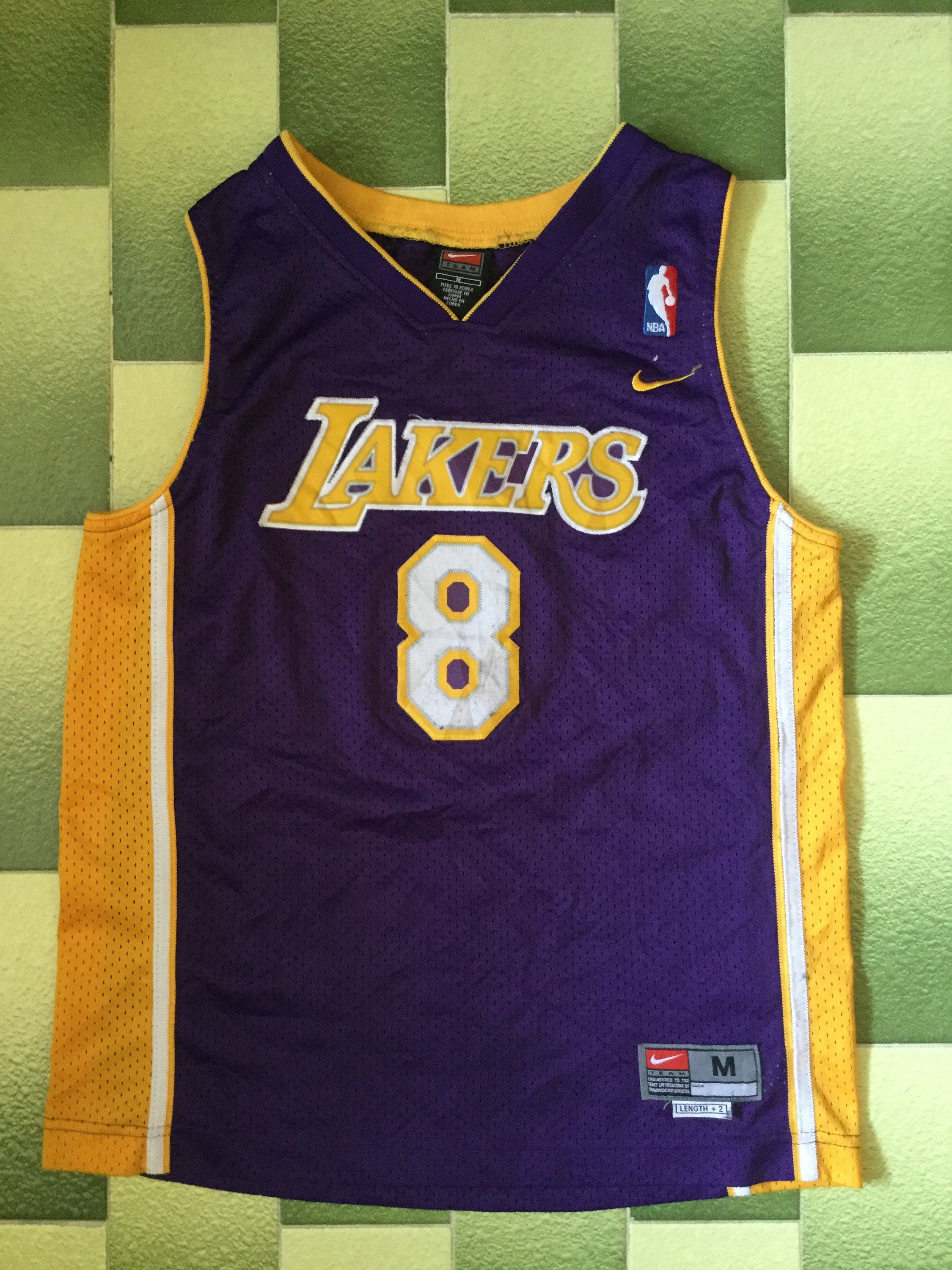 Nike La Lakers Kobe Bryant 8 Nba Jersey Youth Size M Etsy Kobe Bryant Lakers Kobe Bryant Lakers Kobe