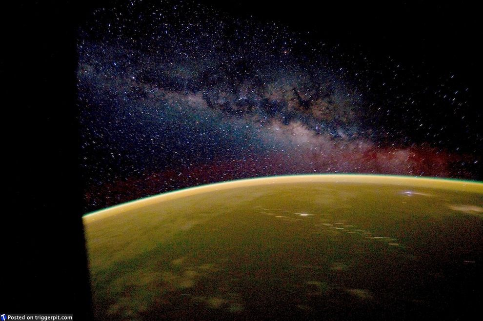 Remarkable View Of The Milky Way From The Iss Outward Bound Pinterest Hairstyles For Women Draintrainus