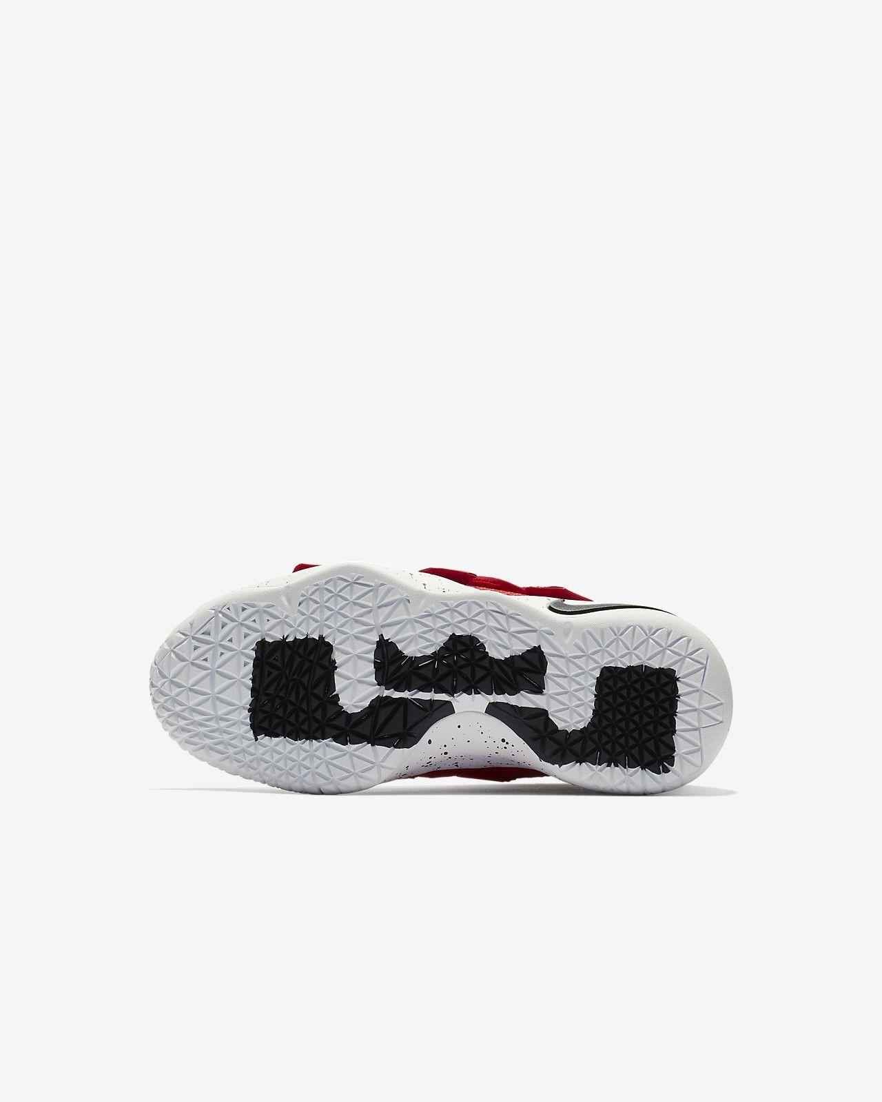 77c3e1d05ee1 Nike Lebron Soldier Xi Flyease Little Kids  Shoe - 10.5C