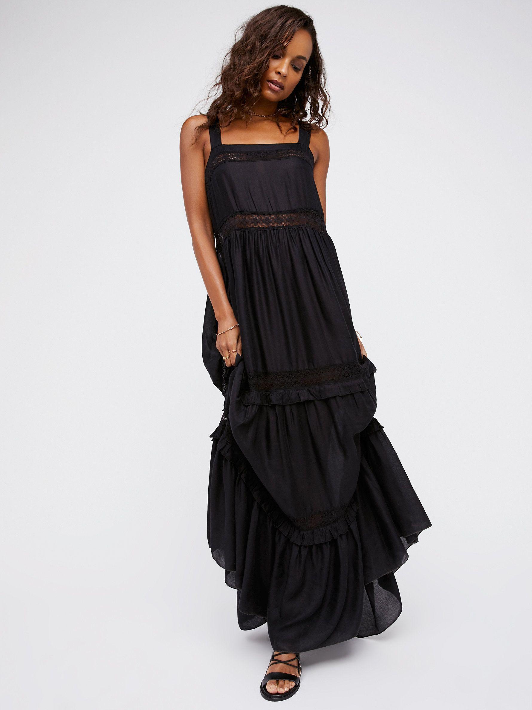ce5311149f9 Flowy Lace Bridesmaid Dresses