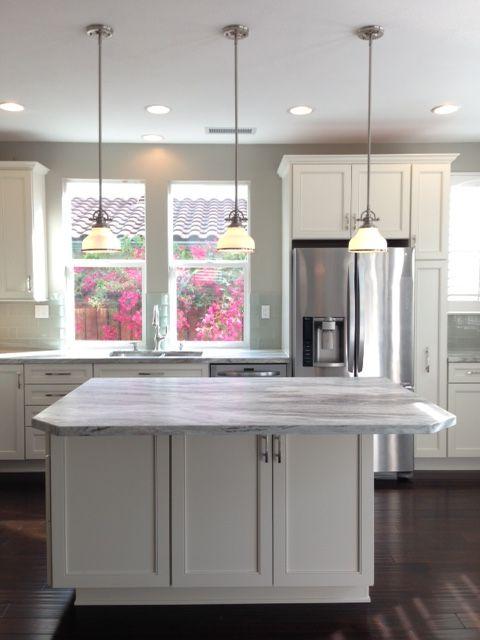 Kitchen  Diamond Cabinets Leeton Door In Coconut. Fantasy Brown Quartzite.  Glass Subway Tile