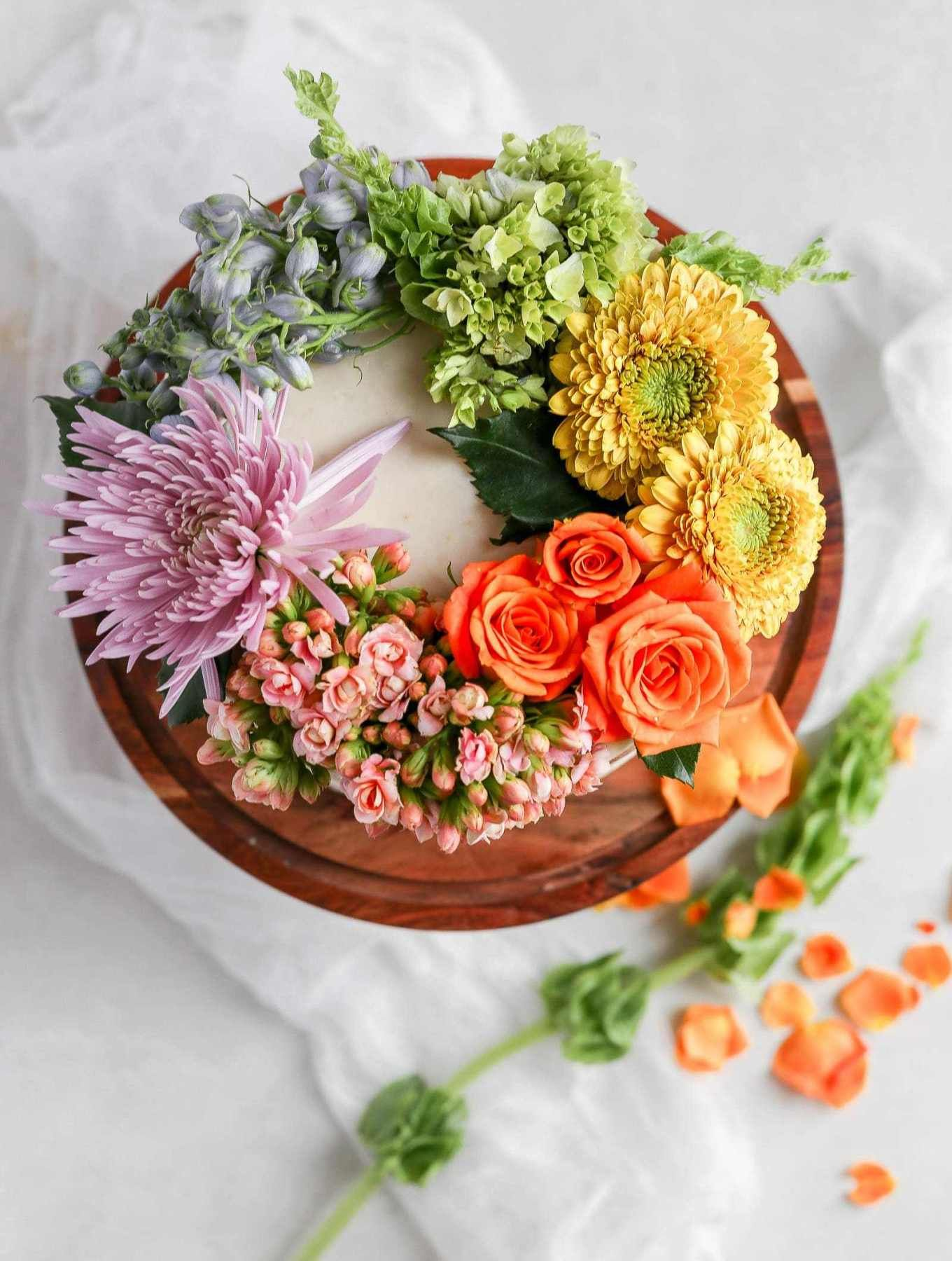 How to Decorate a Cake with NonEdible Flowers Fresh