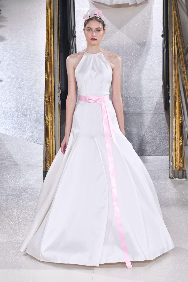 Kaviar Gauche Spring 2018 Wedding Dresses La Vie En Rose halter neckline trumpet wedding dress #weddingdress #weddinggown #floralapplique