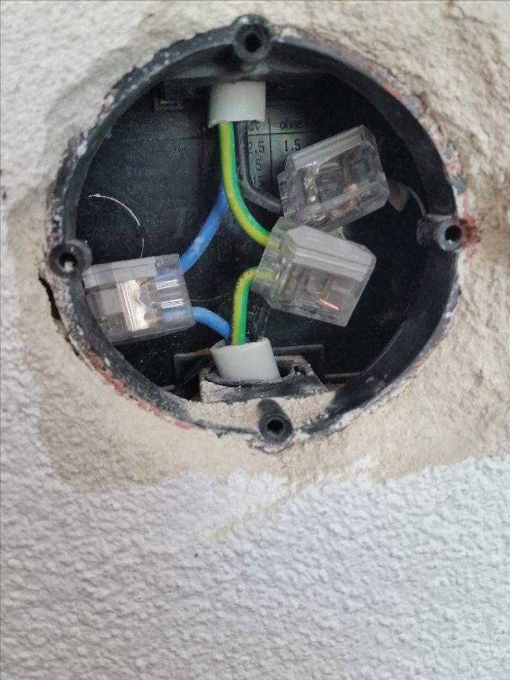 Stromkabel Angebohrt Angebohrt Electronic Stromkabel Power Cable Home Theater Speakers Basement Bar Designs
