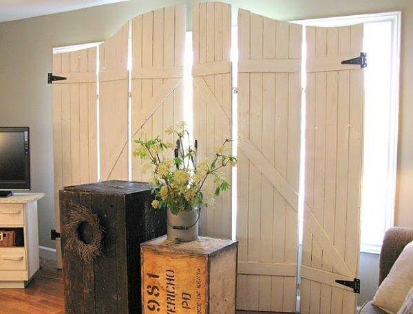 30 raumteiler ideen aus holz verleihen eine nat rliche note nestw rme raumteiler raum und. Black Bedroom Furniture Sets. Home Design Ideas