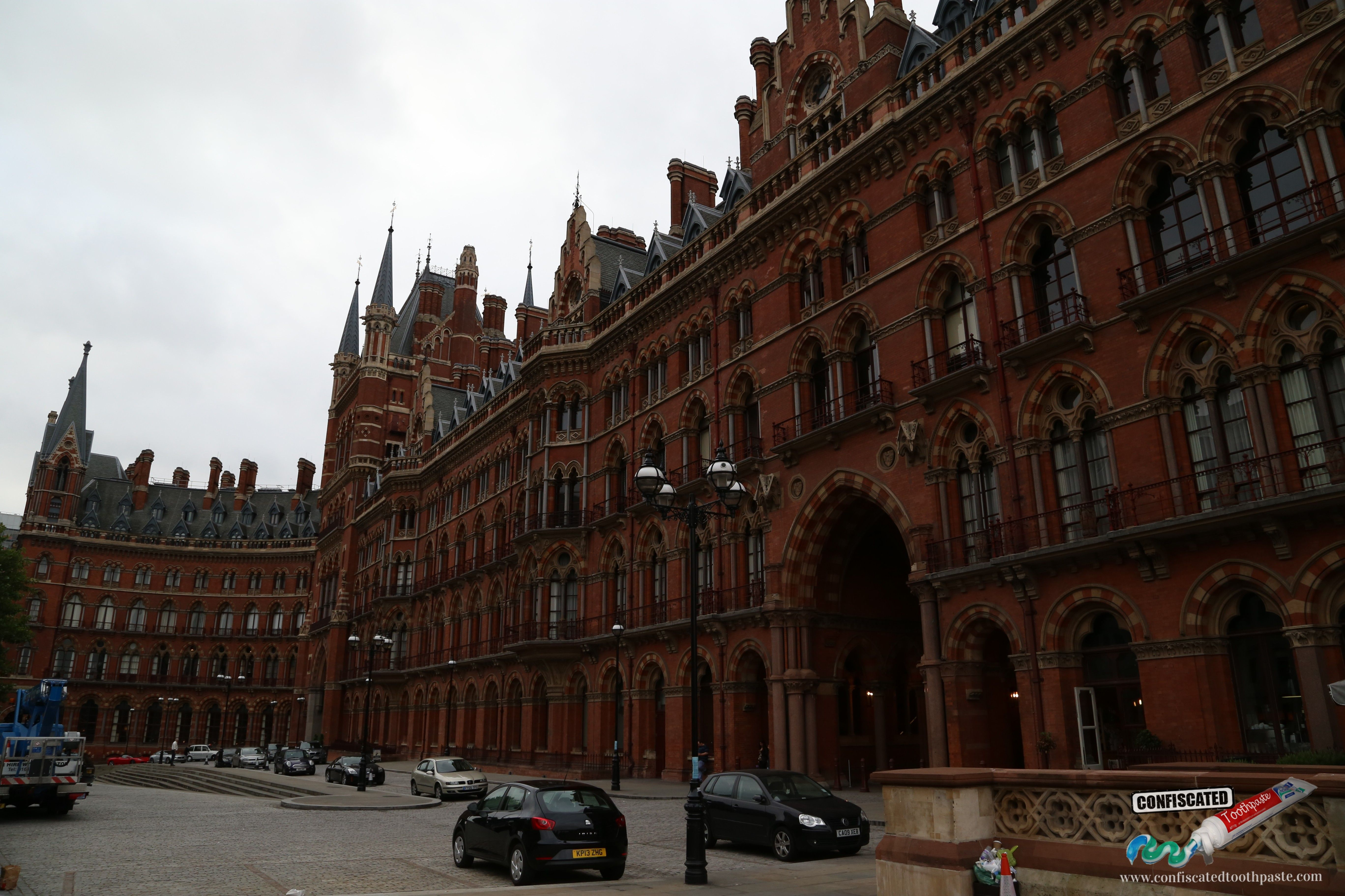 St Pancras Station in London!  Life is a Roadtrip through Southern England --> http://www.confiscatedtoothpaste.com/a-roadtrip-through-southern-england/