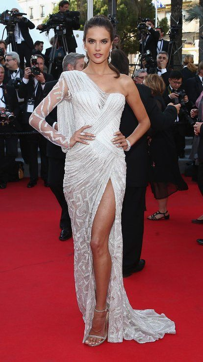 """Alessandra Ambrosio in Atelier Versace attends the """"Two Days, One Night"""" (Deux Jours, Une Nuit) premiere during the 67th Annual Cannes Film Festival. #bestdressed"""