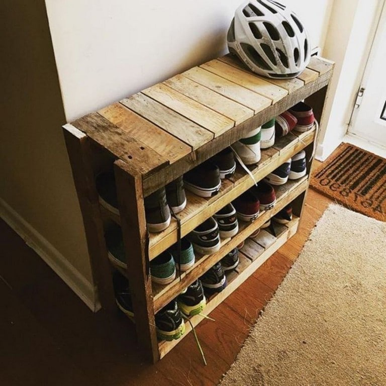 DIY Pallet Projects: Everything you need to know - Painted Furniture Ideas