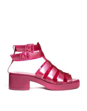 cc276144d143 I can t believe I want these (80s child)