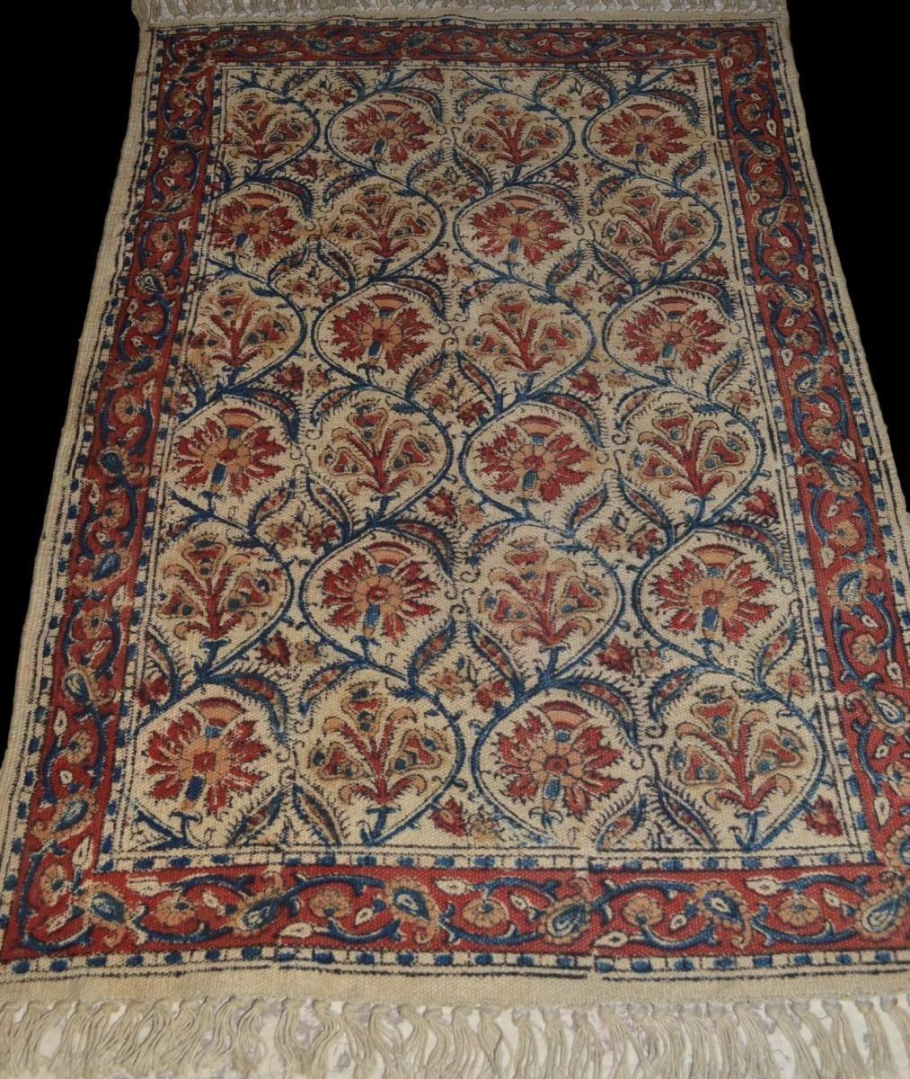 Tapis Noue Et Peint Main Decor Medieval France 62 Cm X 92 Cm Circa 1860 Winstein Proantic Decor Medievale Tapis Tapis Coton