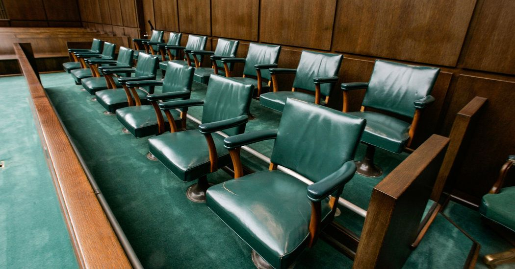 In Juries, Lawyers Now Favor the Uninformed