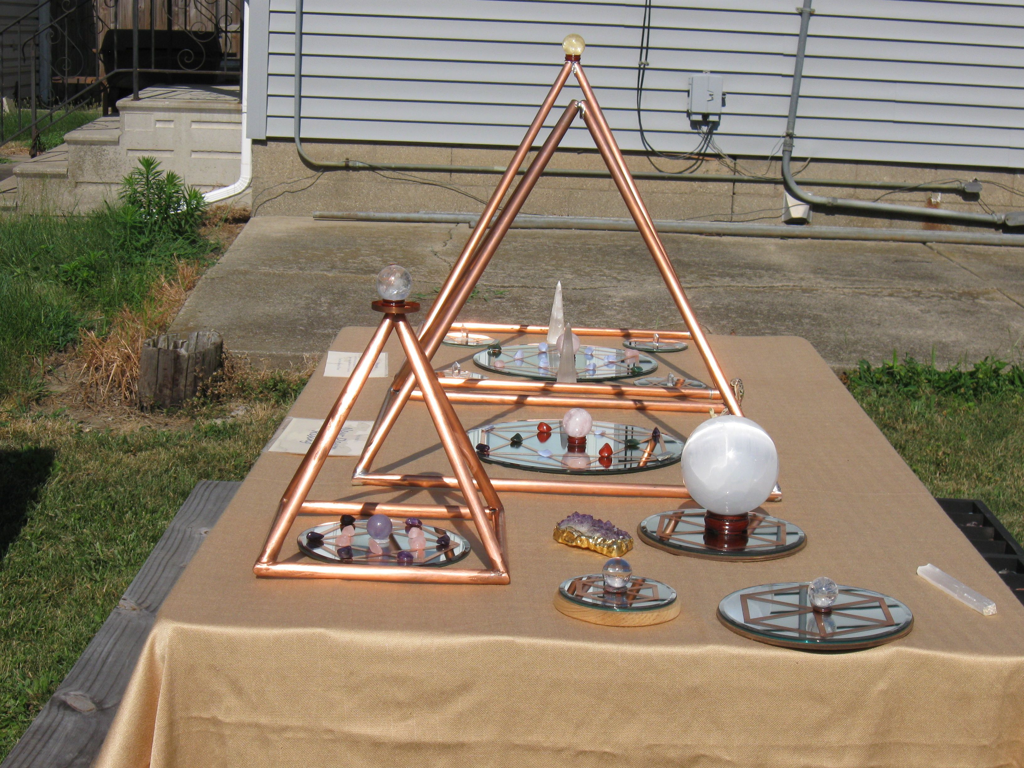 Crystal Grids and Pure Copper Pyramids