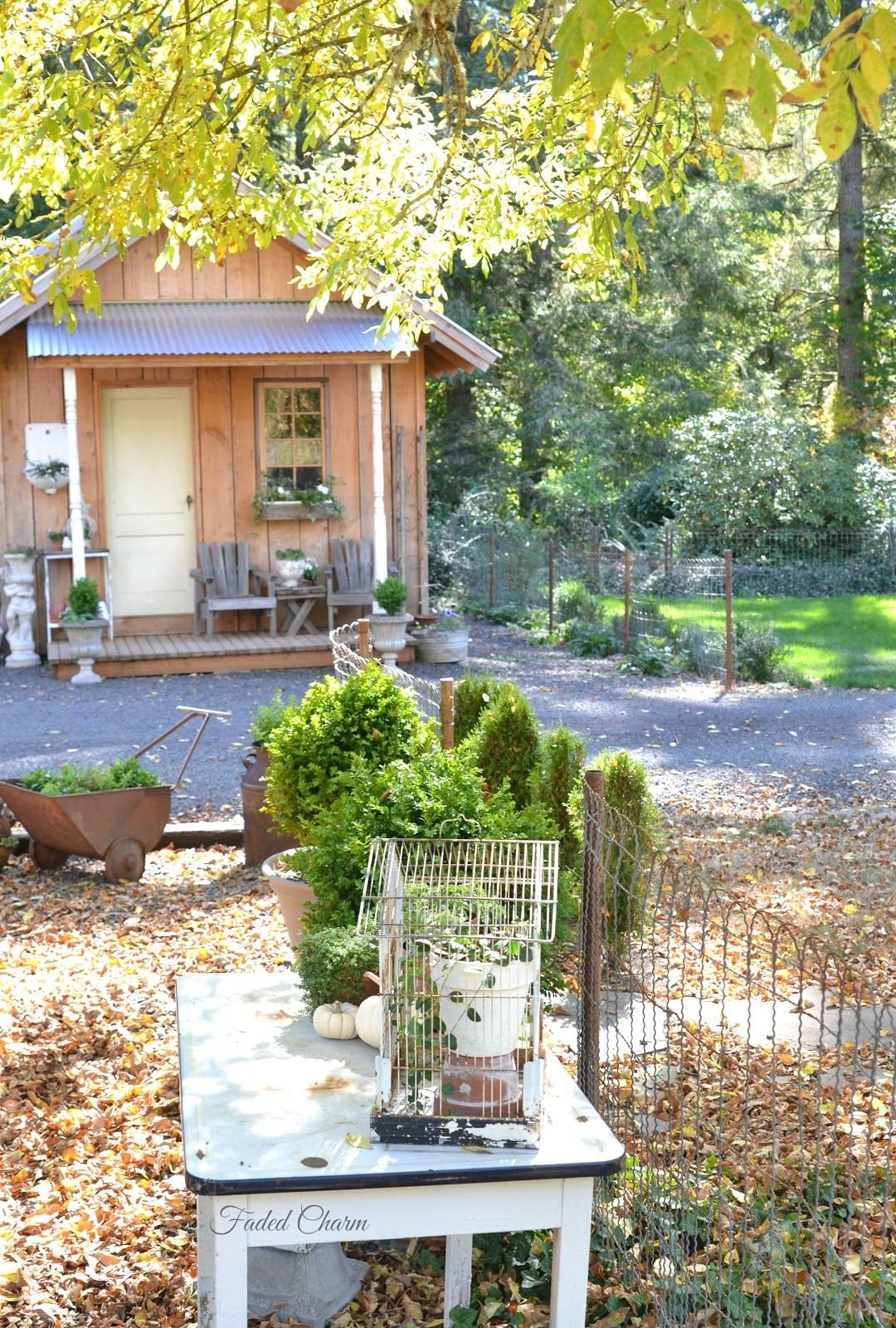 Faded Charm: ~Outdoors in Autumn~