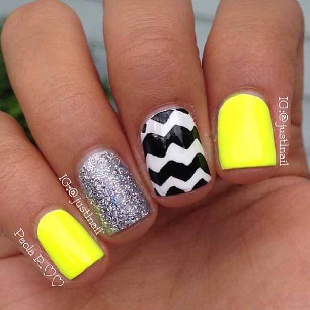 Pin de Abbey Rohaly en Nails   Pinterest   Uñas amarillas, Amarillo ...