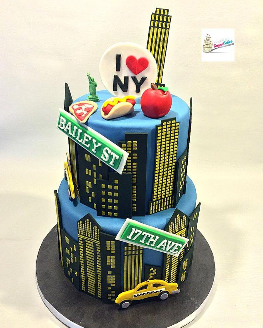 Admirable New York City Themed Cake With Images Nyc Cake New York Cake Birthday Cards Printable Riciscafe Filternl