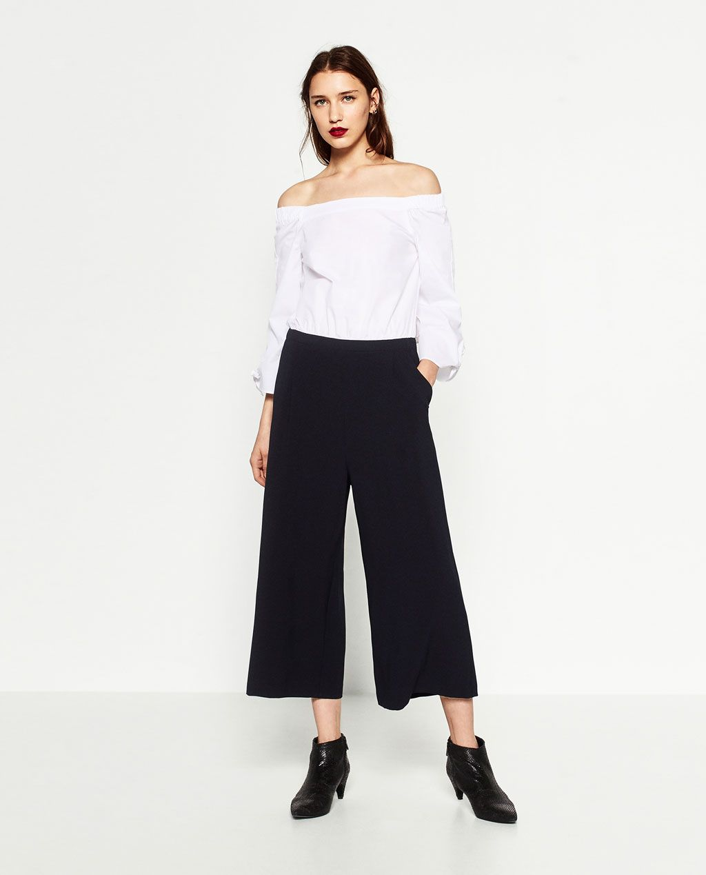 0453b4a4400 Image 1 of CONTRAST JUMPSUIT from Zara