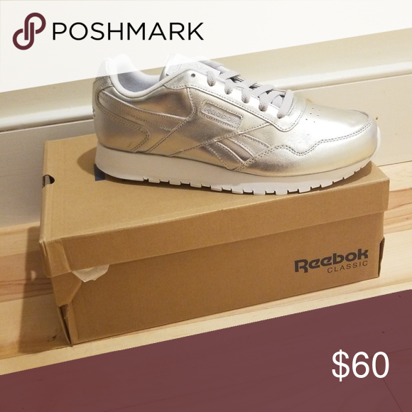8ddbca75 Reebok Women Harman Run Sneaker - Women's -Silver Brand new in box ...