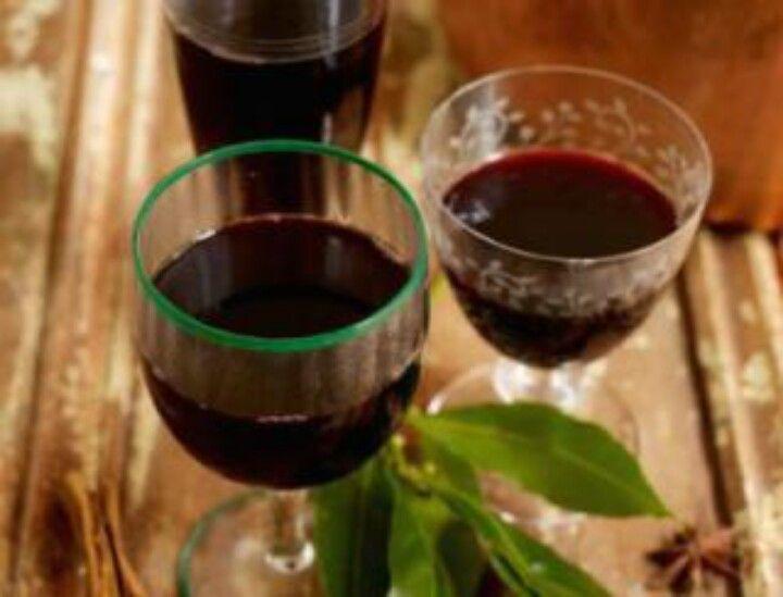 Vin fiert-mulled wine-vino caliente