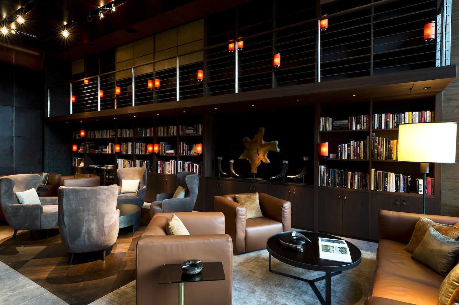 Wohnzimmer Cafe Bar The Wine And Cigar Library At The Chedi Andermatt Swiss