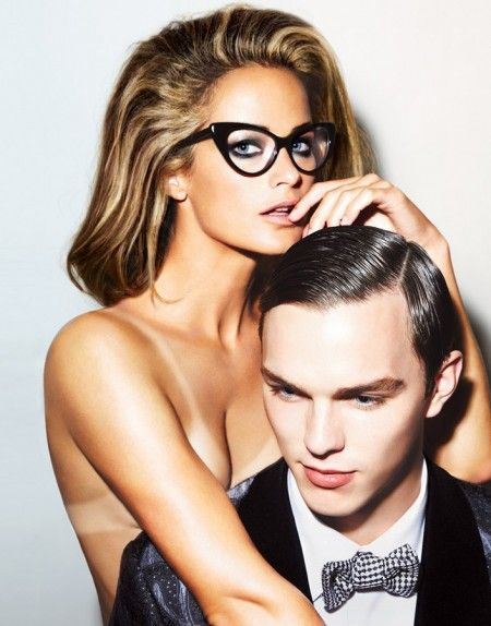 How to fix tan lines with self-tanner. (Thank you Tom Ford for this 2010 eyewear campaign starring Carolyn Murphy and Nicholas Hoult.)