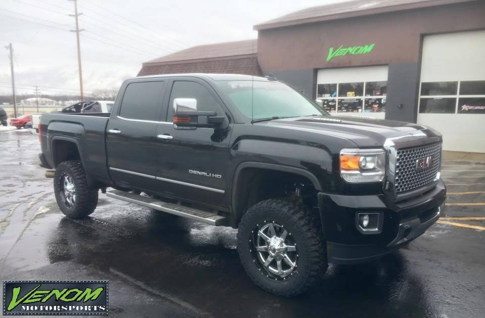 2016 Gmc Hd 2500 With 4 Cognito Suspension System 20 Fuel