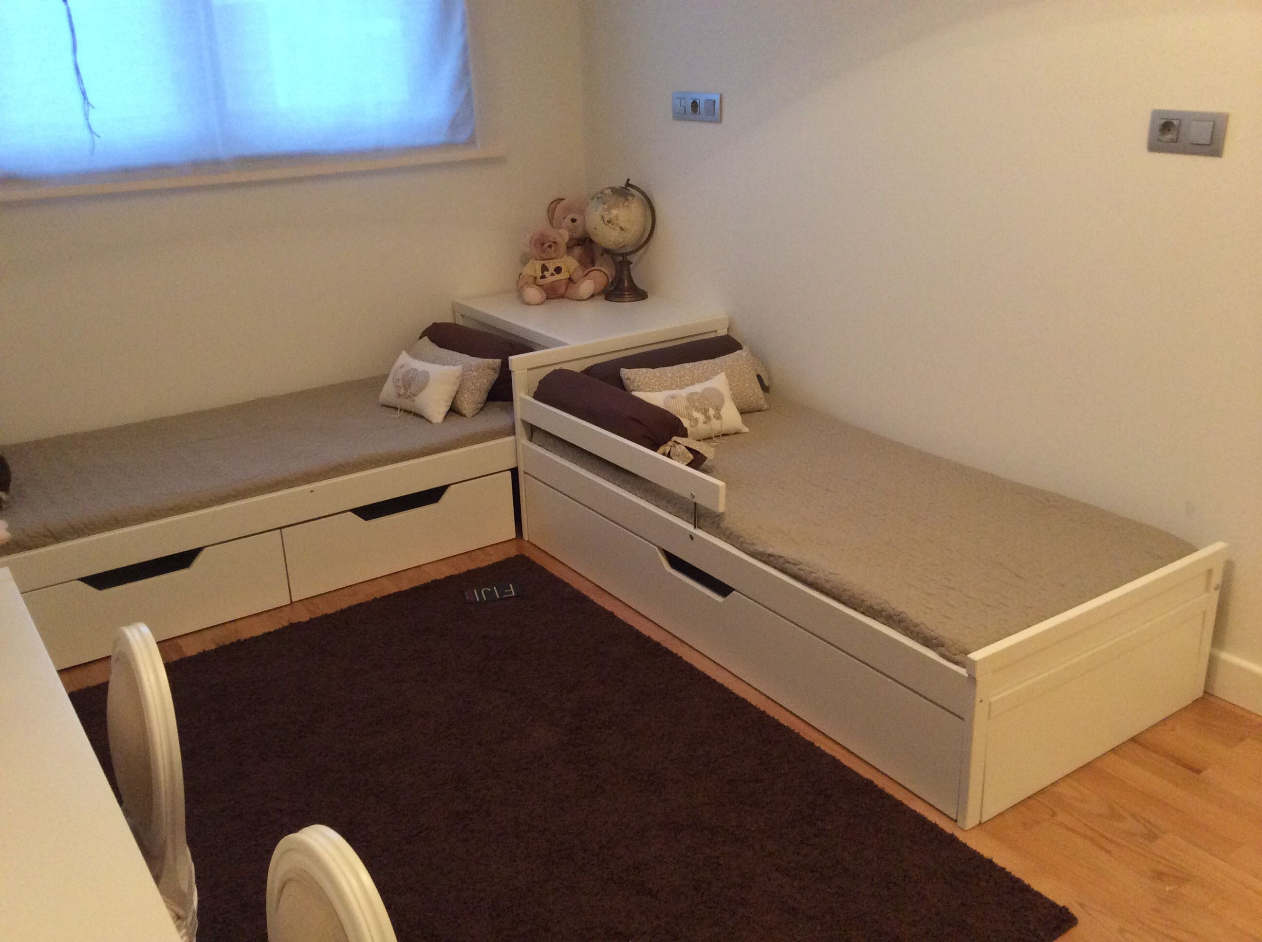 Cajones para juguetes y cama nido hechos con la estructura de cama sniglar de ikea trabajos - Estructura cama cajones ...