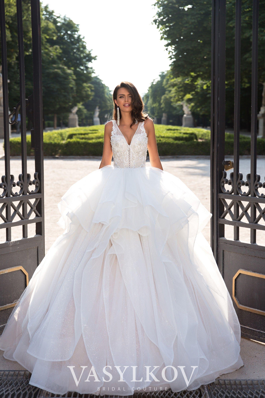 Spectacular Princessdress Weddingdress Bridalgown Beadedweddingdress Bridalispiration Weddi Wedding Dresses Wedding Dresses Chicago Wedding Dress Store