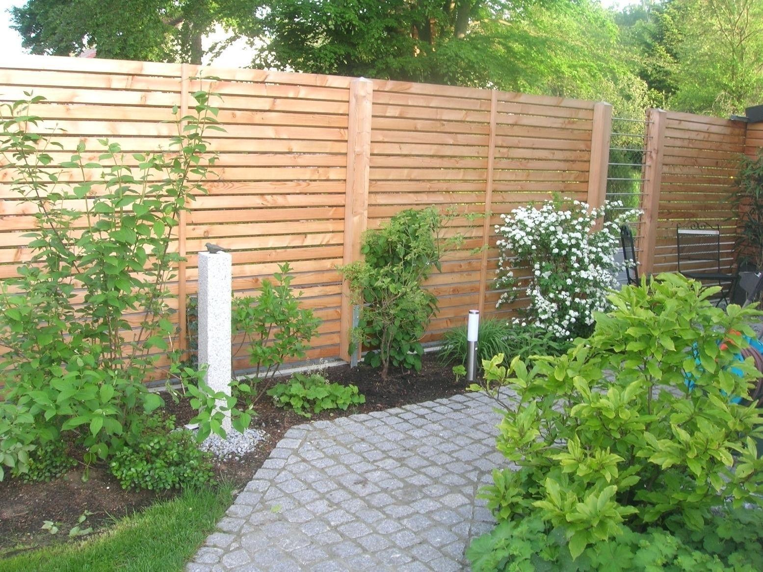 Pin Von Sina Mayer Auf Garten In 2020 Sichtschutz Garten