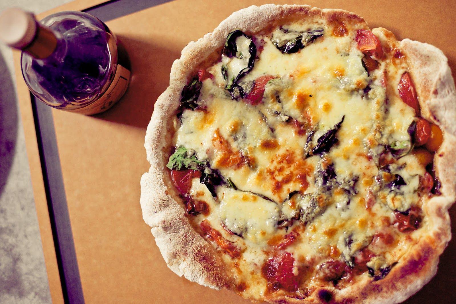 Food Twenty Four Seven: Balsamic Tomato Quick Pizza.