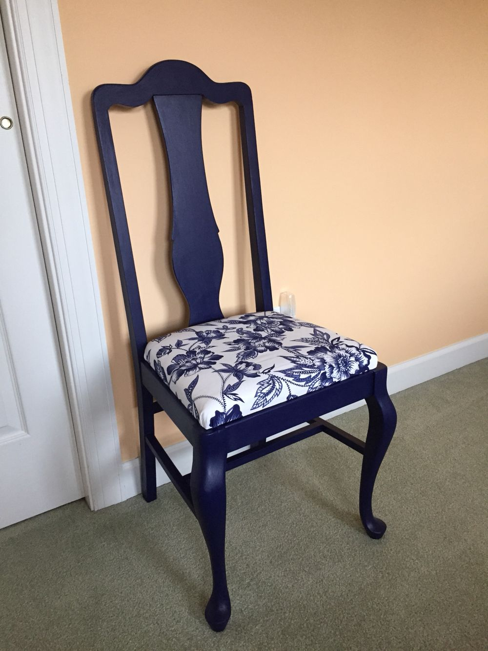 Queen Anne Chair Painted Canton Blue China And Covered With A Blue Floral Chintz Fabric Dining Chair Makeover Dining Chair Covers Painted Dining Table