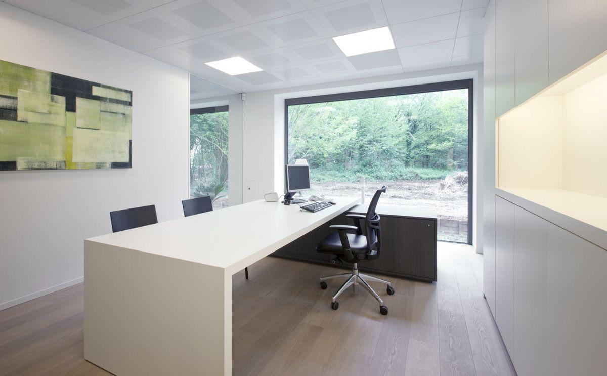 Inrichting kantoor google zoeken tuinkantoor for Inrichting kantoor