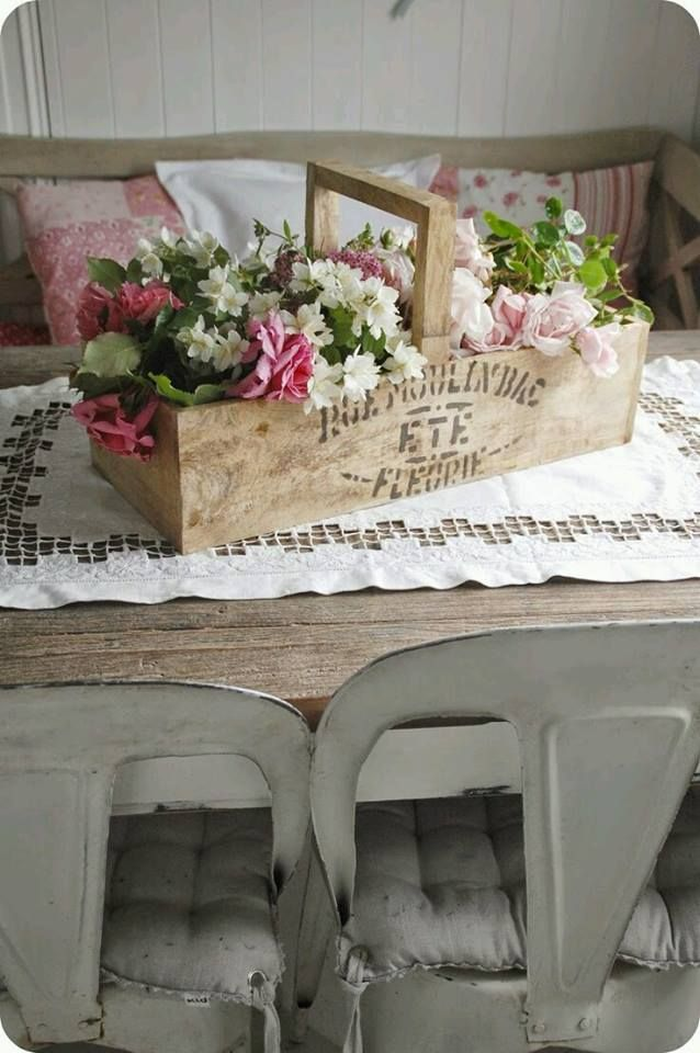 shabby chic style centerpiece shabby chic house ideas pinterest deko ideen und deko ideen. Black Bedroom Furniture Sets. Home Design Ideas