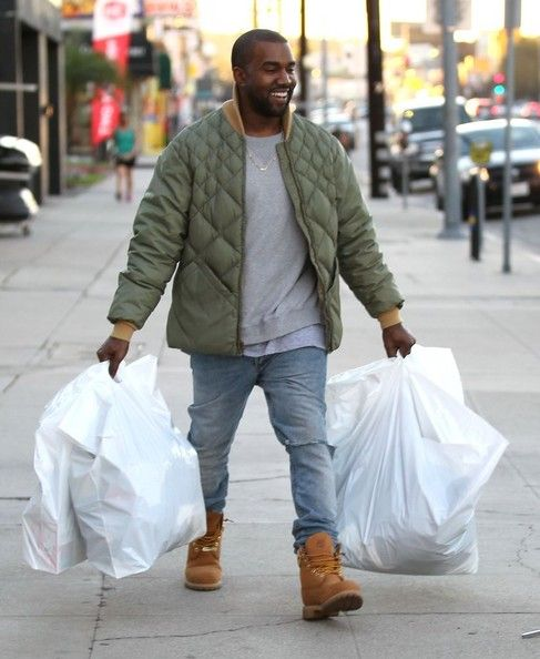 Kanye West Photos Photos Kim And Kanye Shop At A Sporting Goods Store In 2020 Kanye West Style Kanye West Photo Kanye West And Kim