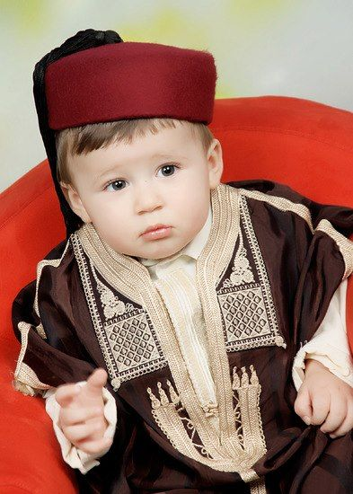 Tunisia Baby Wearing Vintage Clothes 3 Most Beautiful Child Baby Wearing Vintage Outfits