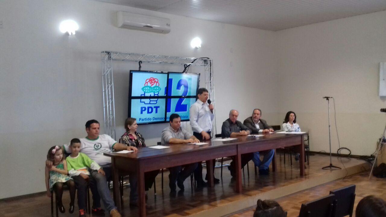 Na tarde desta terça-feira, 26, os partidos PDT e PV realizaram uma convenção na sede do Sindicato dos Metalúrgicos para homologarem comocandidatos Mário Ielo (PDT) e Caco Colenci (PV). A data limite para as convenções é 30 de julho.  Na ocasião foram apresentados os 44 candidatos a