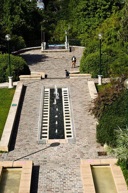 Belleville Parc Paris Xix Parcs Buttes Chaumont Parc Et Jardin