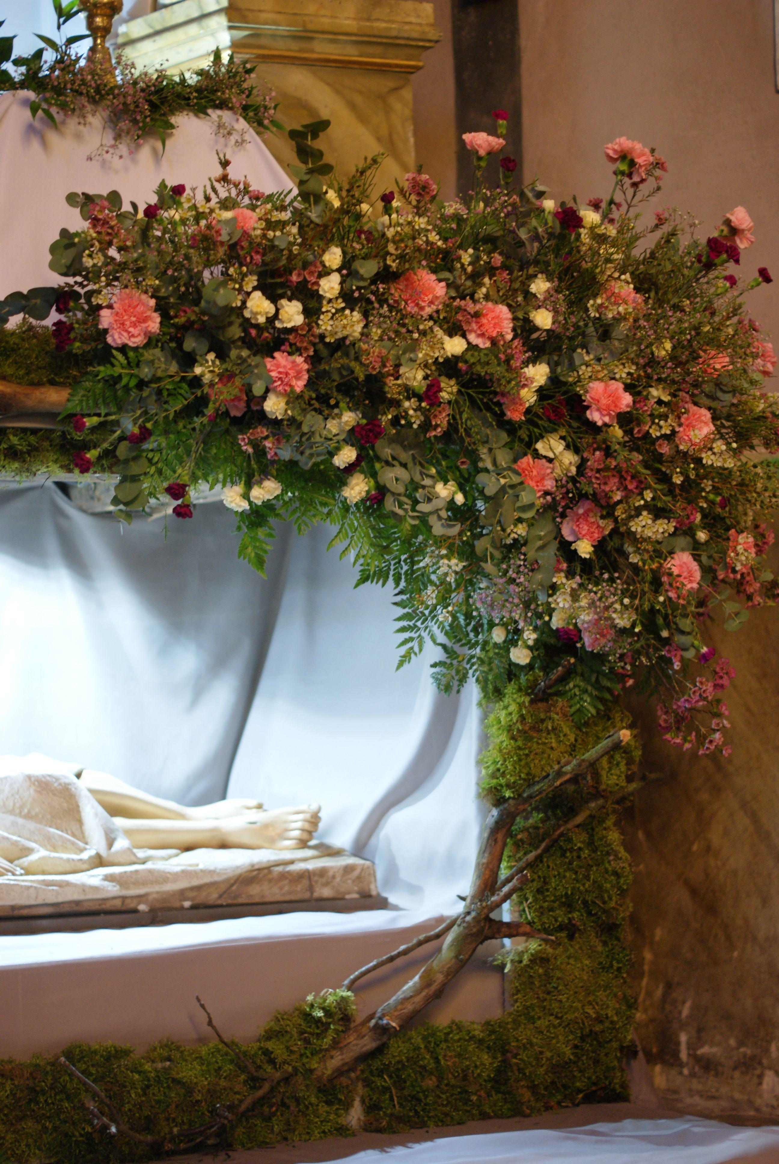 Grob Panski Dekoracje Kosciola Wielkanoc Church Altar Decorations Altar Arrangement Altar Decorations