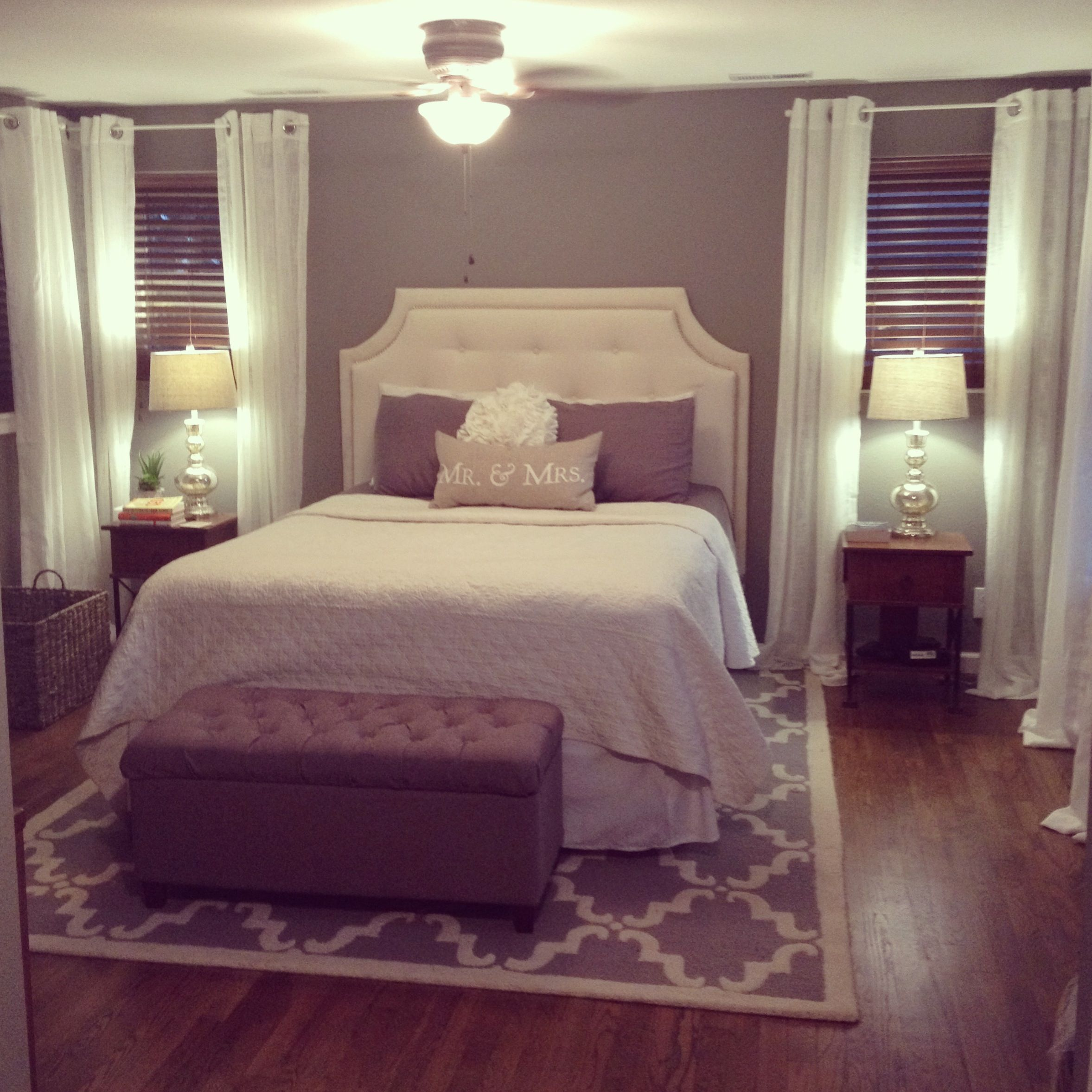 Excellent Love This Bedroom Set Up Upholstered Headboard Bench Bralicious Painted Fabric Chair Ideas Braliciousco