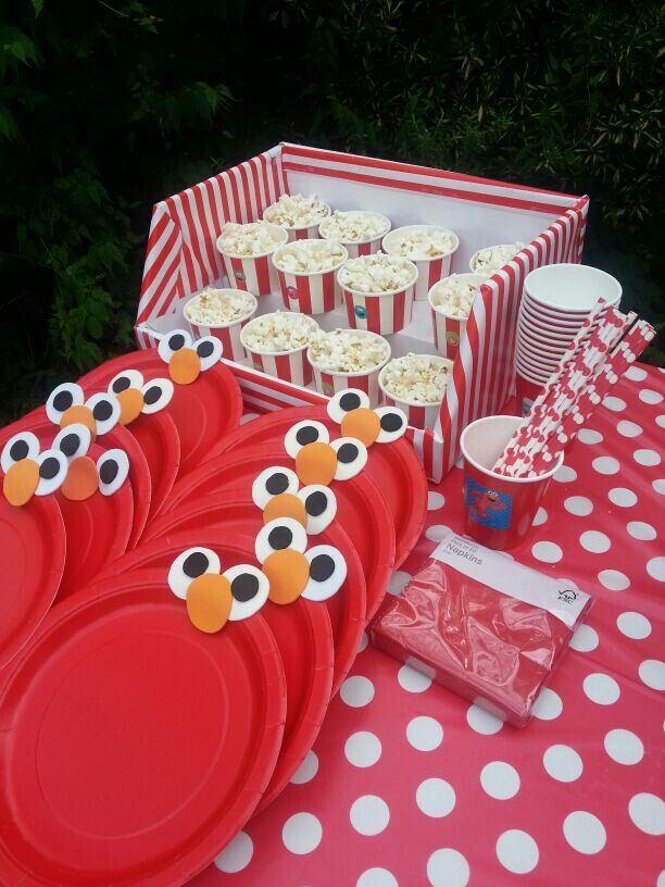 Elmos theme party PLATES Julians First Birthday3 Pinterest