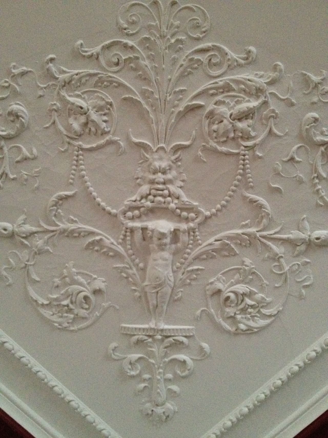 Victorian plaster ceiling. Corner Detail. | Lighting ...
