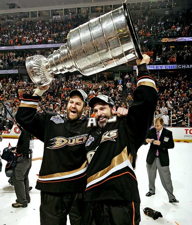 Rob and Scott Niedermayer-sure miss Scotty on da Ducks.  a43d46016