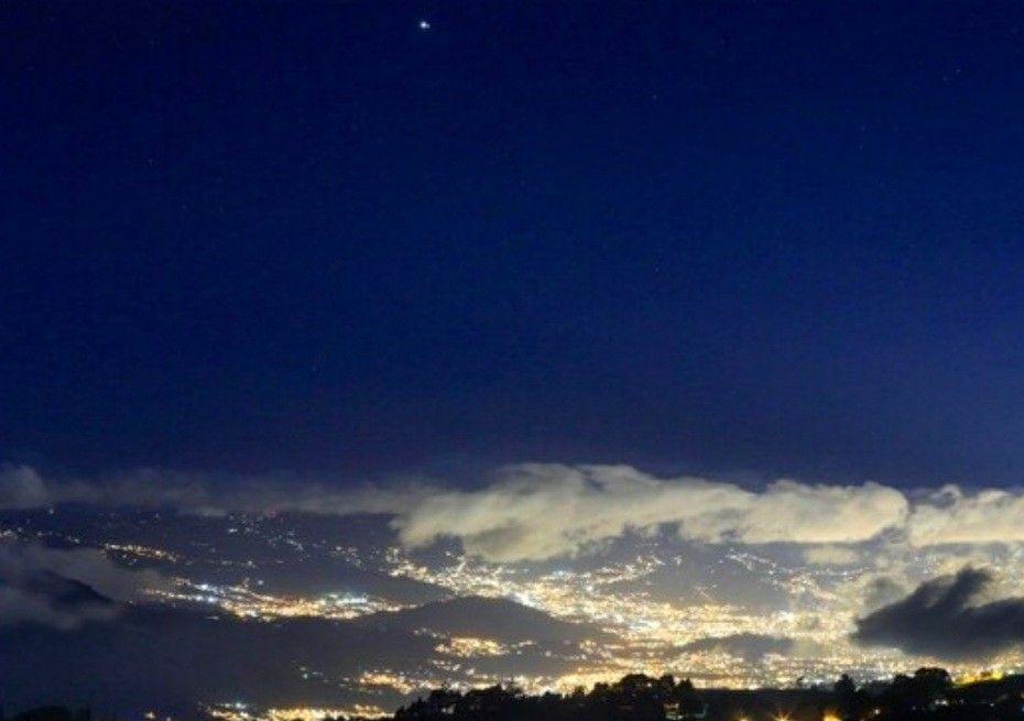 Hoy Diciembre 21 2020 Estrella De Belen Star Of Ishtar Ishtar Clouds