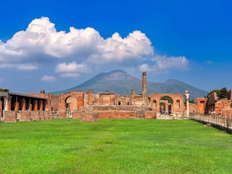 Pompeii - Panorama | Pompei, Turismo, Italia