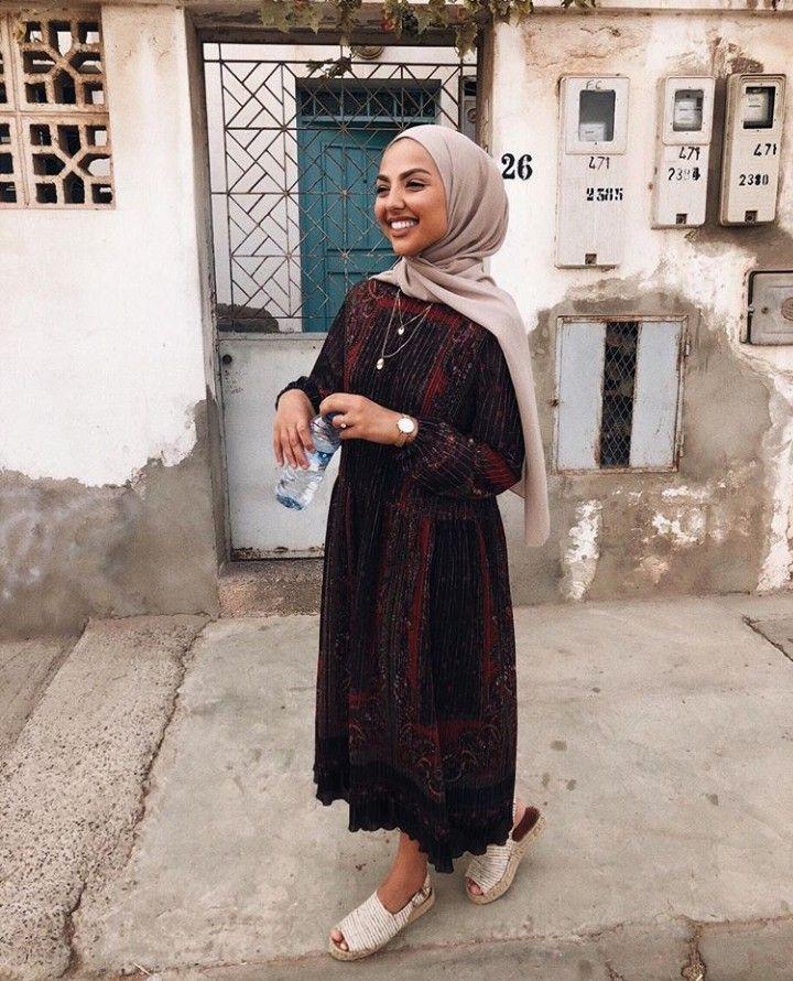 pin von elena bala auf fashion in 2019 outfit ideen. Black Bedroom Furniture Sets. Home Design Ideas