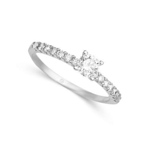 Anel em ouro branco 18k e 51 pts de diamante Joias Vivara Coleç u00e3o Solitário Vivara