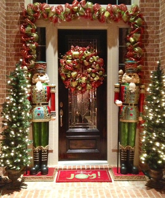 This Is Our Whimsical Wreath And Garland On A Customer S Door Love The Nutcrackers And Trees Decoration Noel Deco Noel Entree Noel
